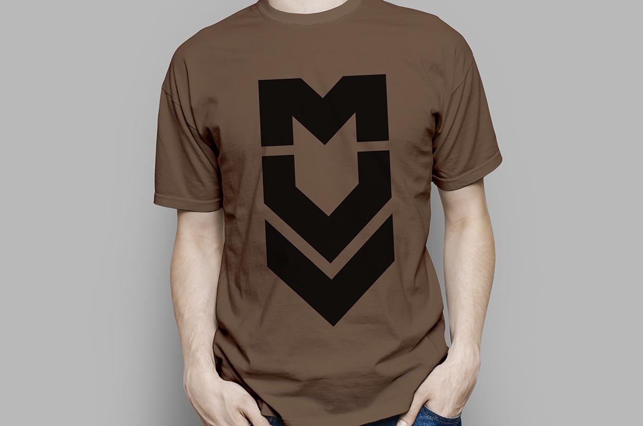 Diseño de camiseta como parte de la marca para MUV, estudio audiovisual Zaragoza
